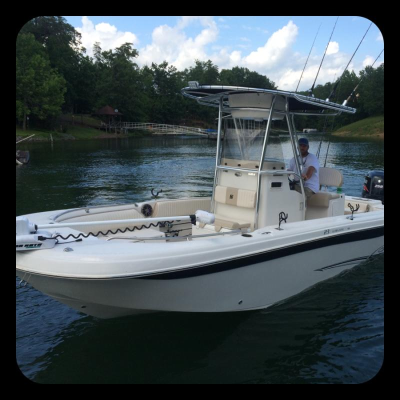 CAROLINA SKIFF ULTRA ELITE SS 23'